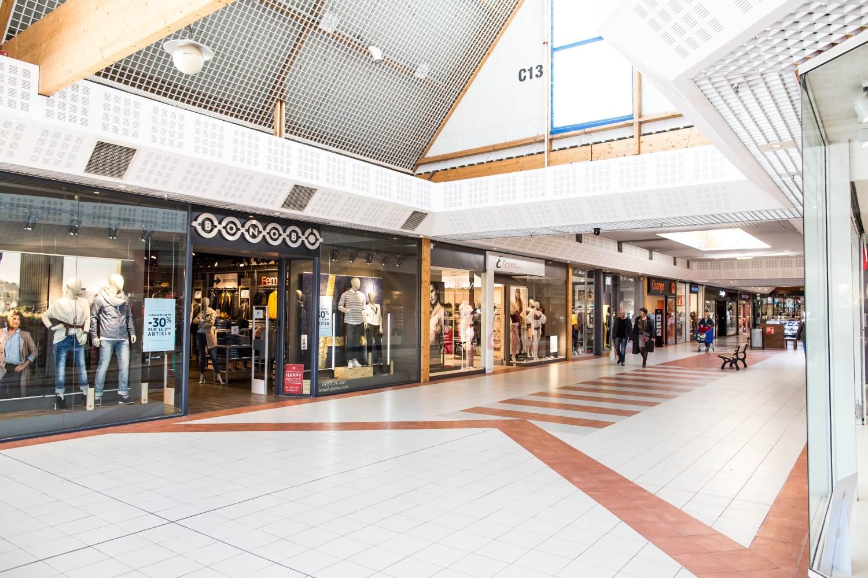 Carrefour chelles 2 for Centre commercial grand tour